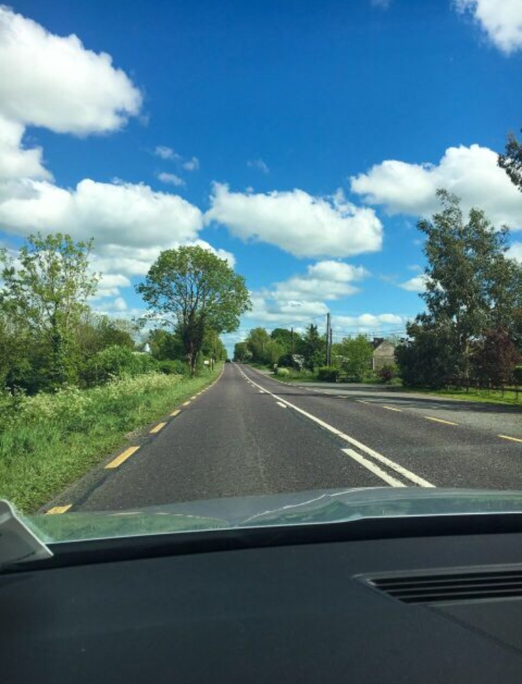 ireland-car-rental-driving.jpg