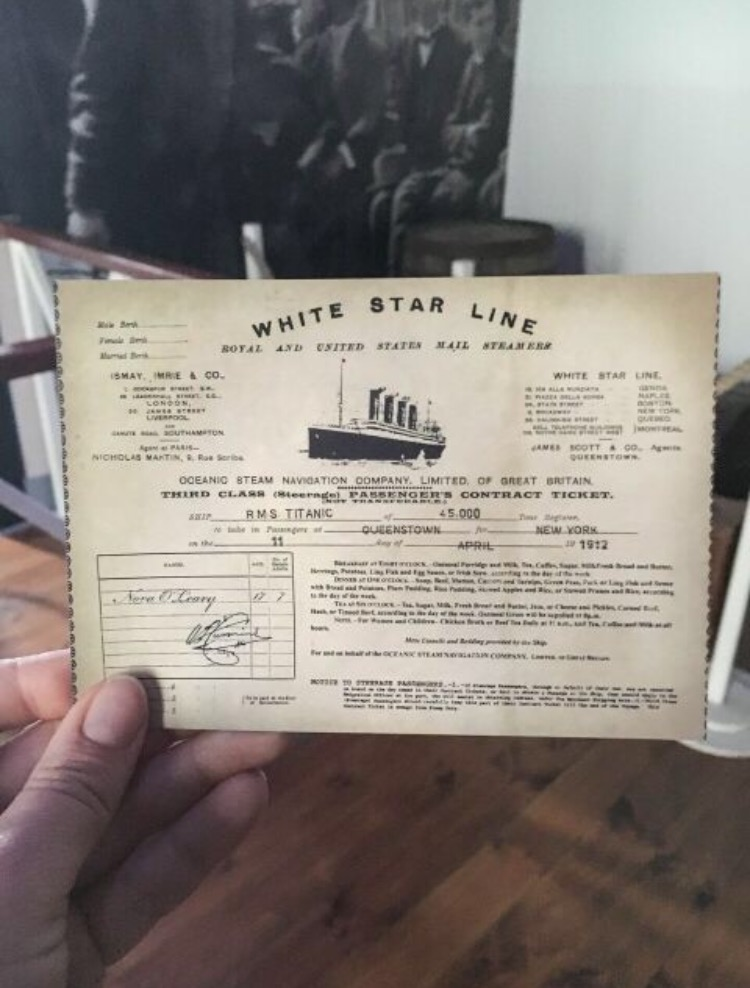 cobh-ireland-titanic.jpg