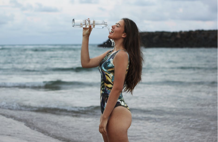 healthy-travel-water