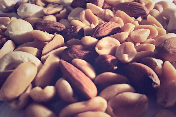 healthy-airplane-snacks