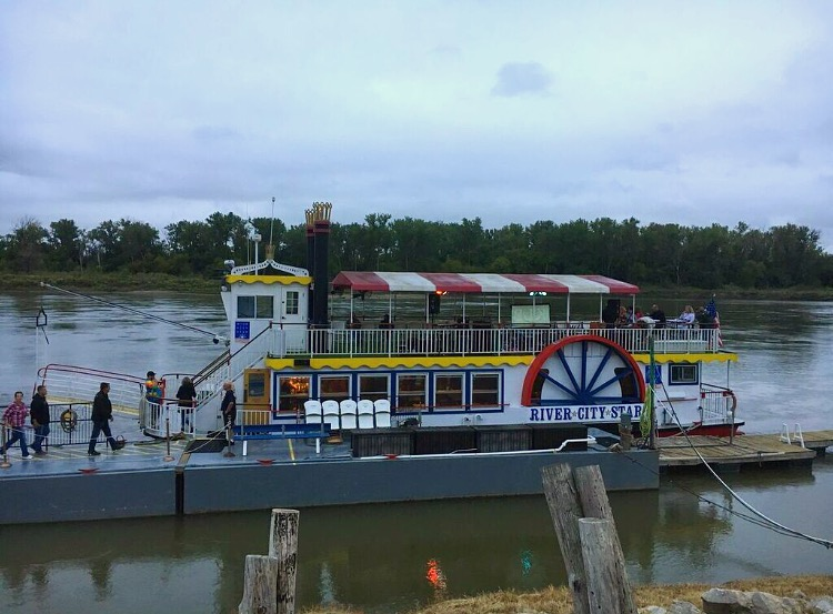 river-city-cruise-omaha-nebraska
