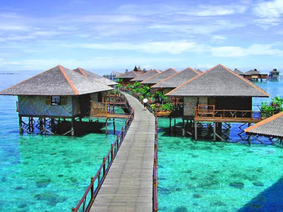 Sipadan-Water-Village-bungalows.jpg