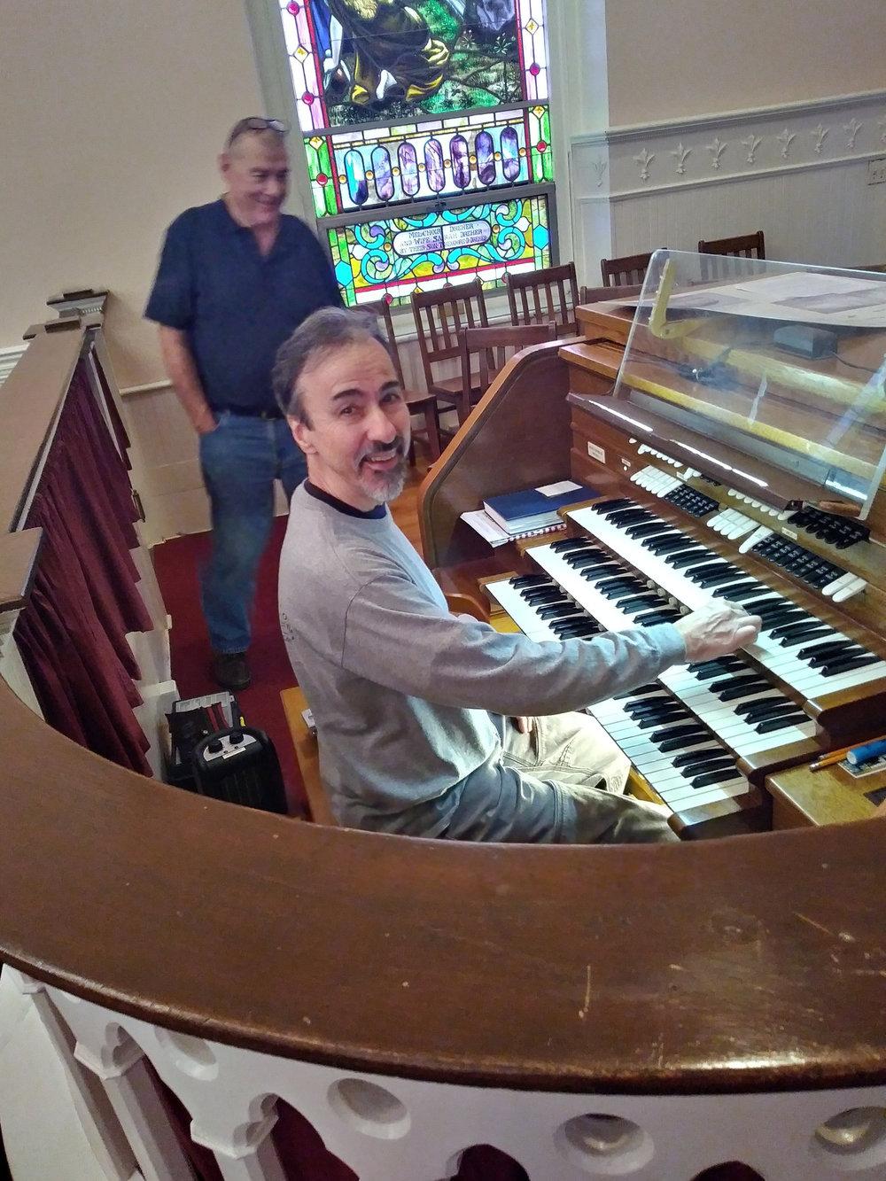 Old Organ Console 2018