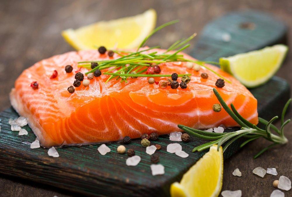 fresh-salmon-38437127.jpg
