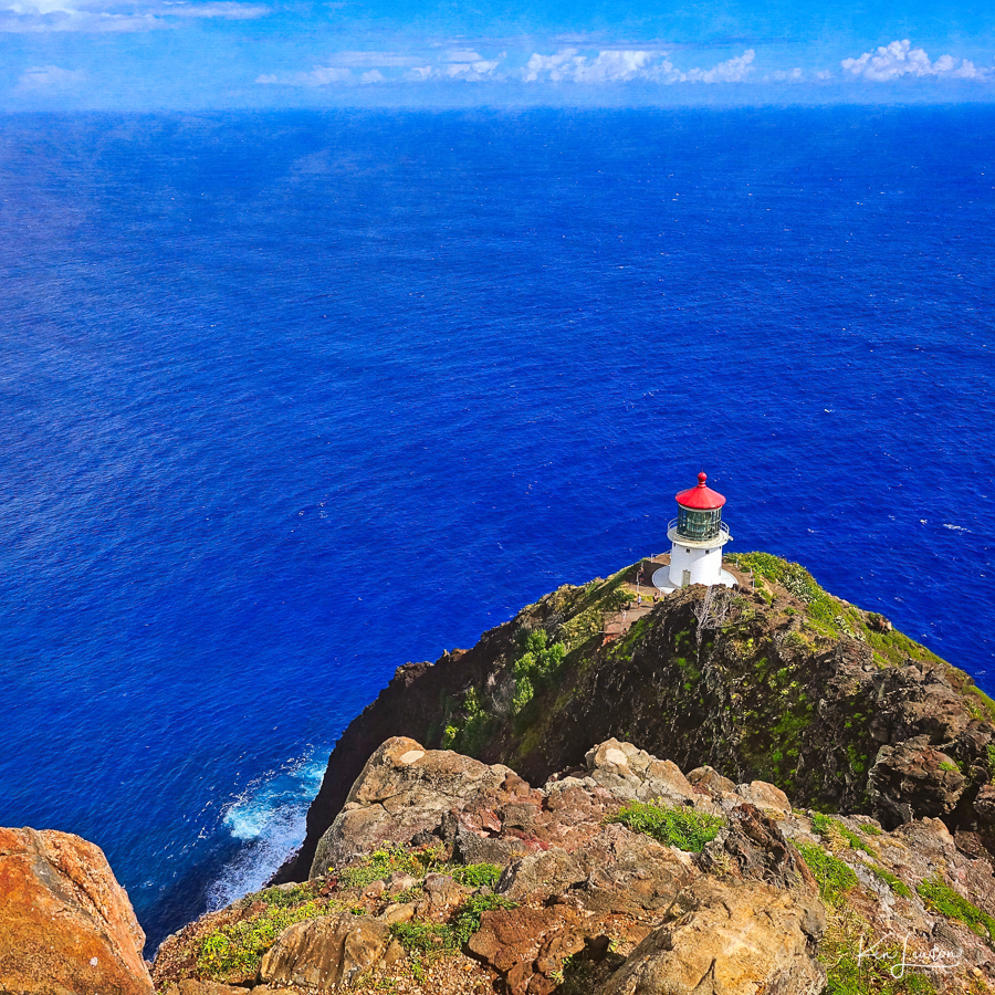 Web_lighthouse2.jpg