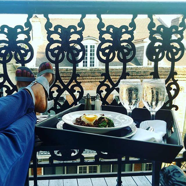 Sometimes the best time to kick your feet up is at the start of the day. . . . #latepost #goodmorning #neworleans #frenchquarter #businesstravel #socialmedia #digitalmarketing #entrepreneur