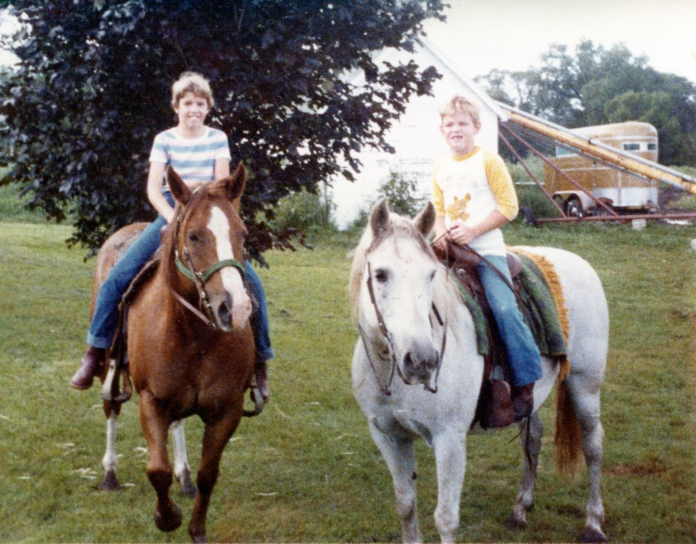 Sibling + Horse Bonding