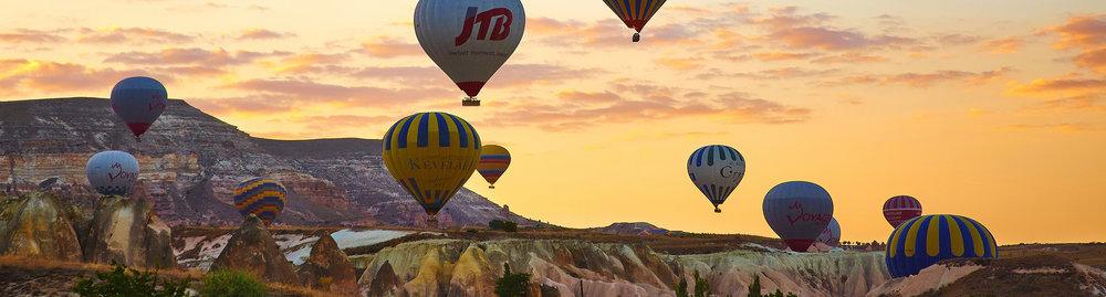Air balloons during sunrise in Goreme, Turkey.  By    Moyan Brenn   , licensed under    CC BY 2.0   .