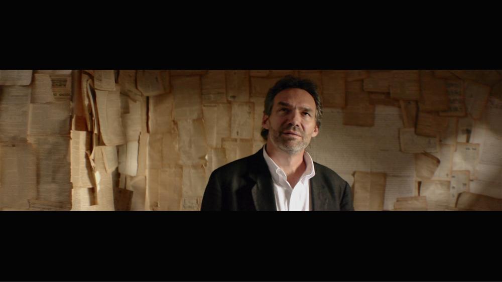 Mandorla - Ernesto in Parchment Room.png