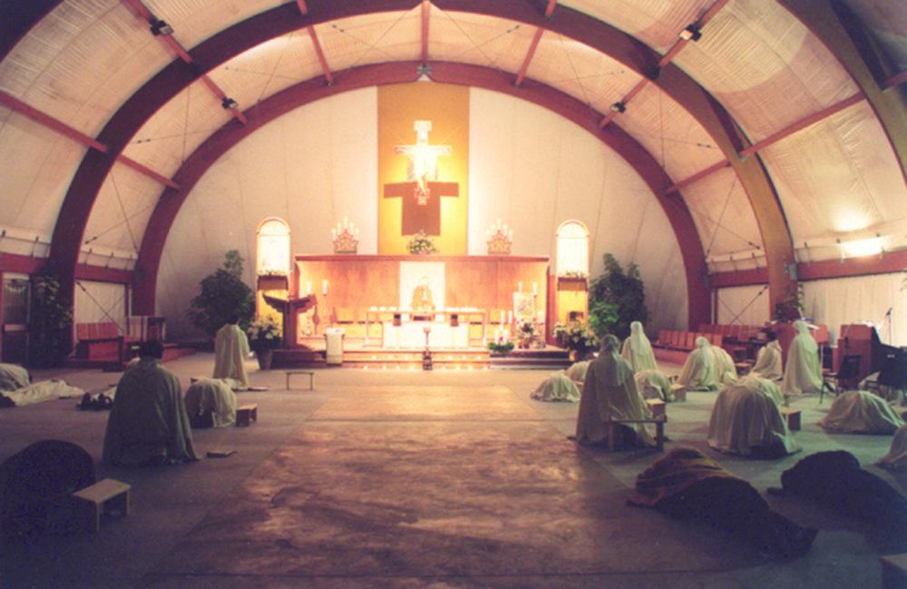 prayer-vigil-monastic-family-fraternity-of-jesus.jpg