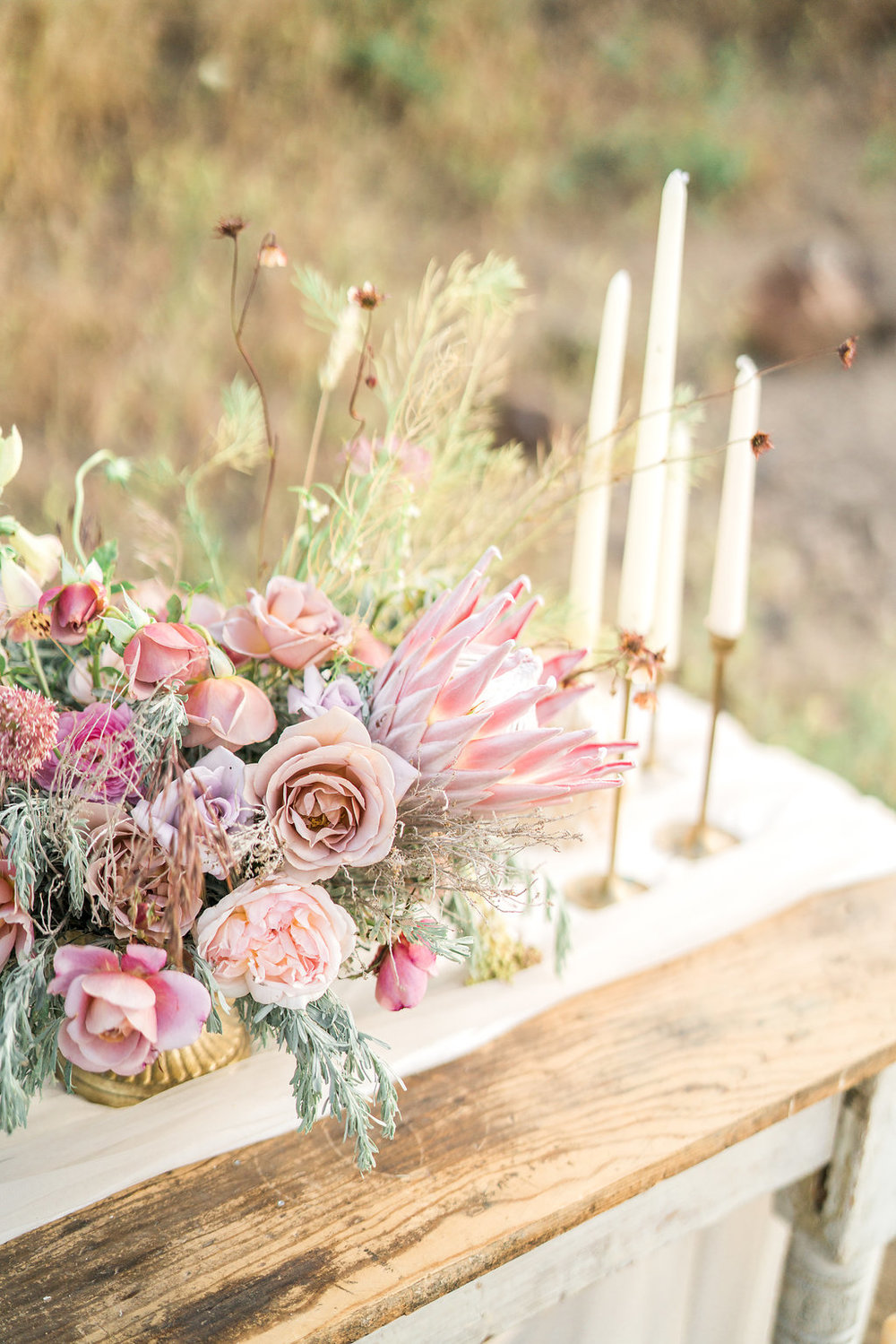 seattle-wedding-flower-design-sauvage-fleur-design-april-yentas-boho-modern-photo