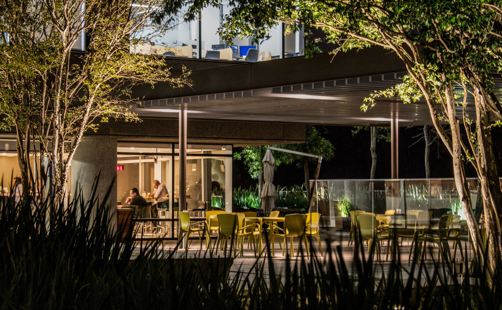 LIGHTSOURCE_Headquarters-Pinheiros_ Mingrone-iluminação_AflaloGasperini-Arquitetos _004.jpg