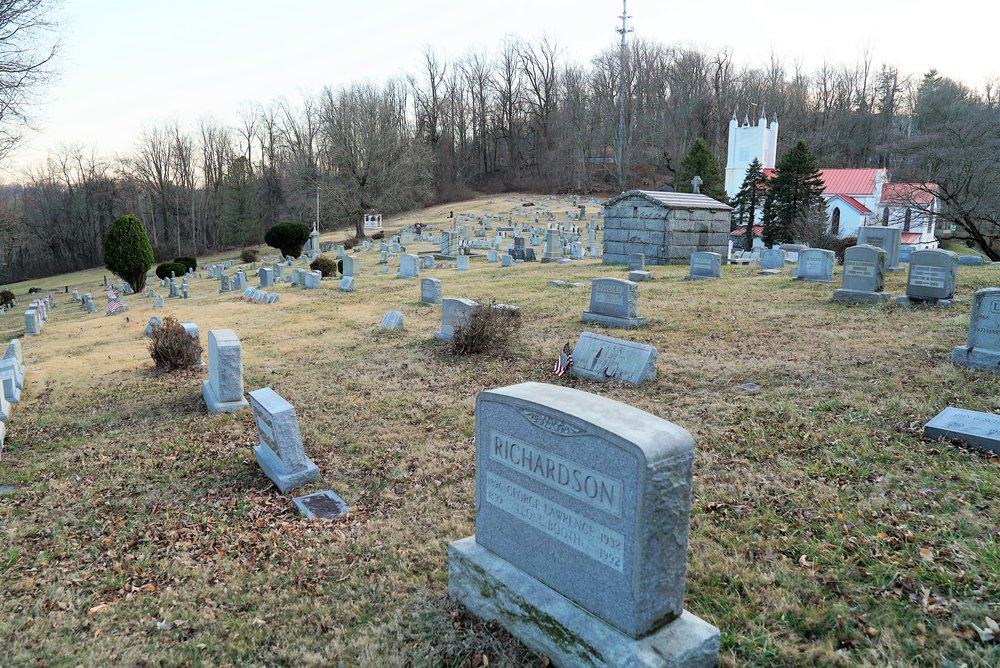Calvary Episcopal Church Cemetery, Aston, PA. Big hill.