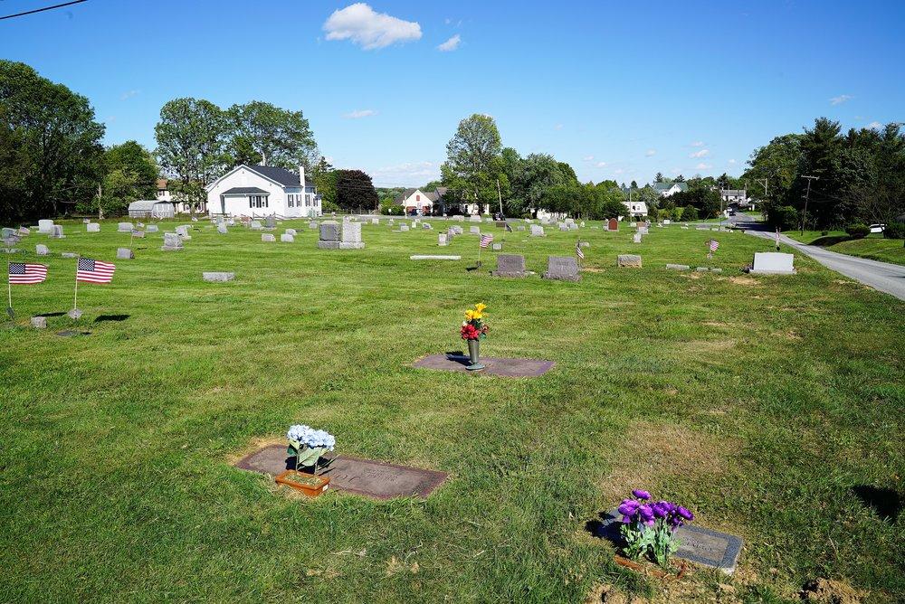 Church Of Christ Cemetery. Ercildoun, Pennsylvania.