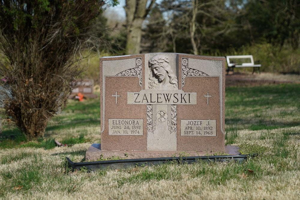Tombstone a St. Stanislaus Cemetery. Coatesville, Pennsylvania.
