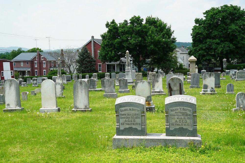 Union Cemetery - Sassamansville, Pennsylvania.