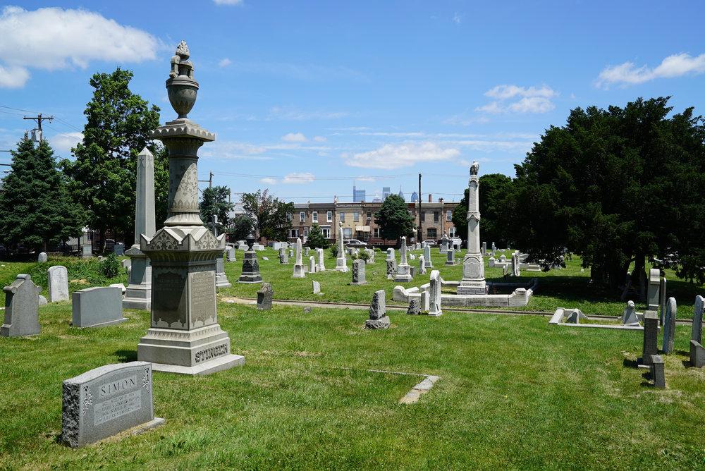 Trinity Lutheran Cemetery Philadelphia 2.jpg