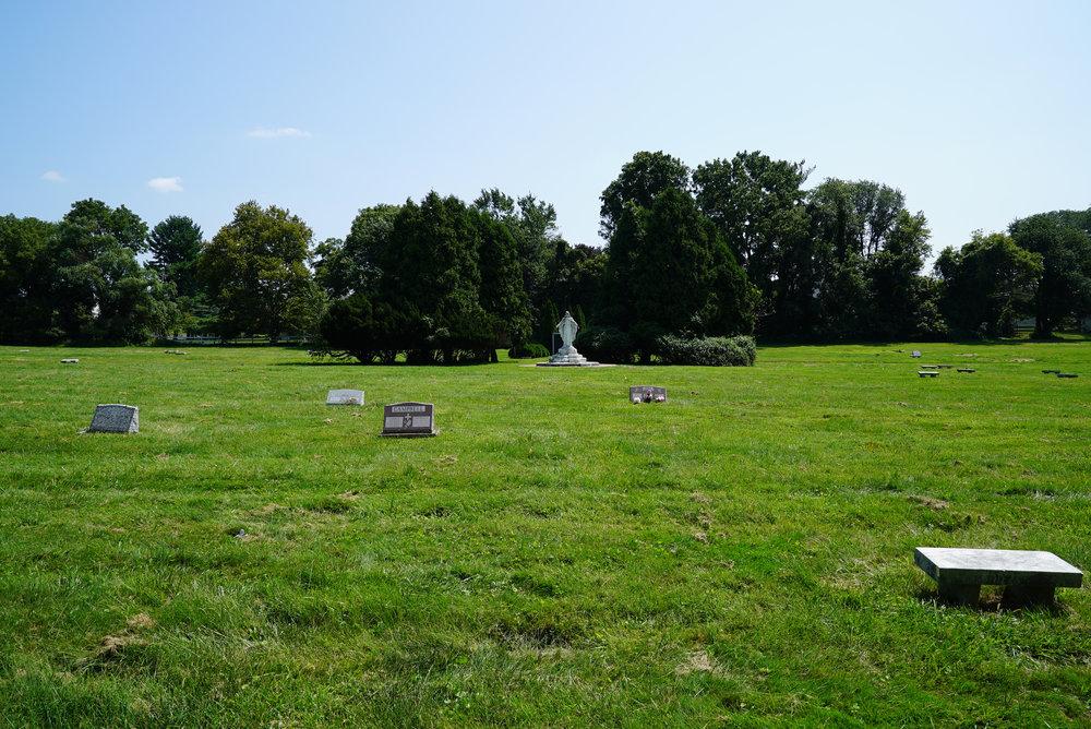 white chapel memorial park cemetery feasterville2.jpg