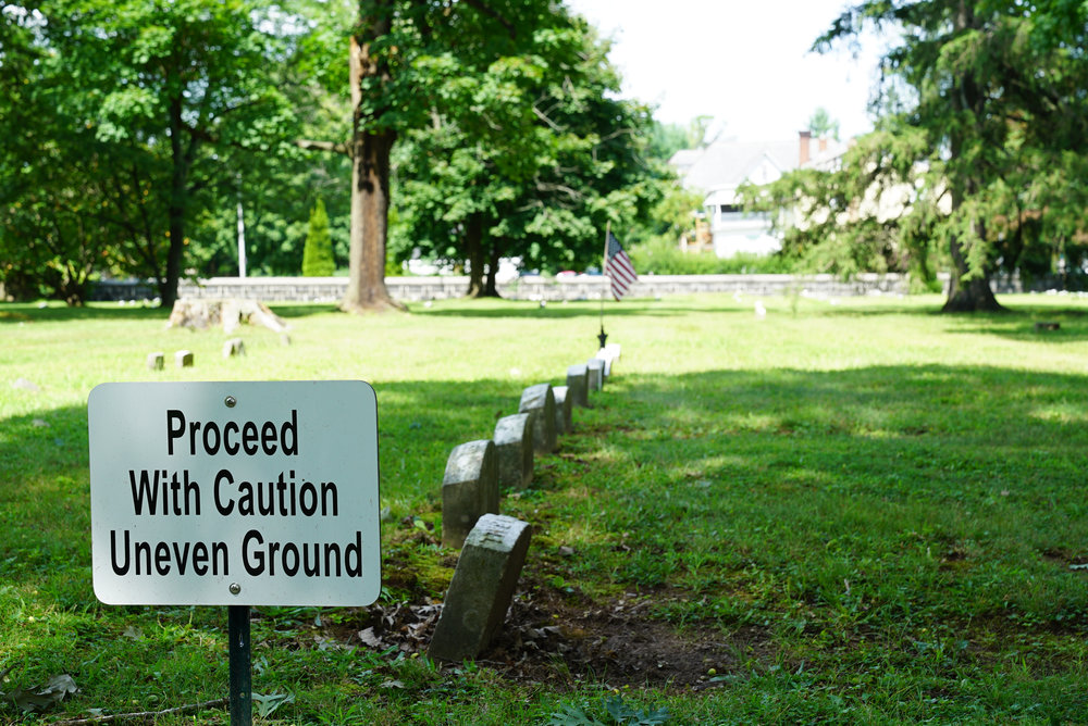 richland friends burial grounds quakertown pa2.jpg
