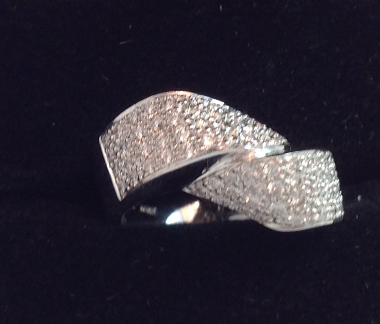 18kt White Gold Pave Diamond Band