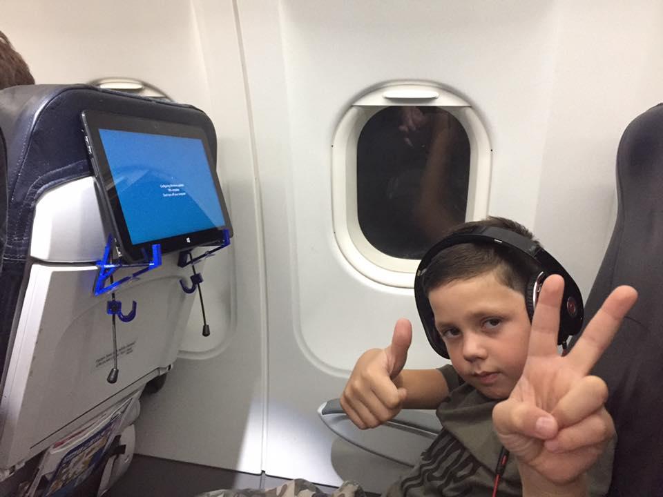 TabletHookz in use on flight to Edinburgh