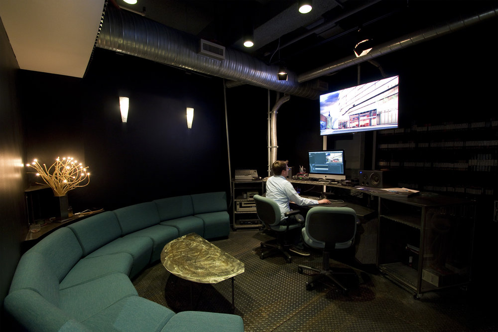caxton building customizable video editing studio