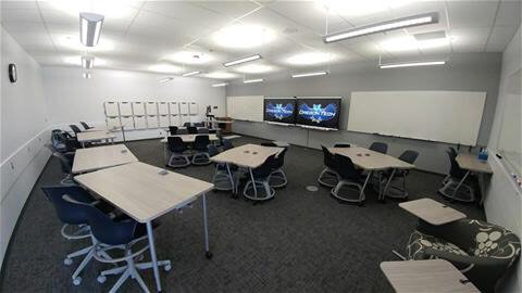 Active Learning Classroom, Owens 201 Image provided by Oregon Tech's Commission on College Teaching