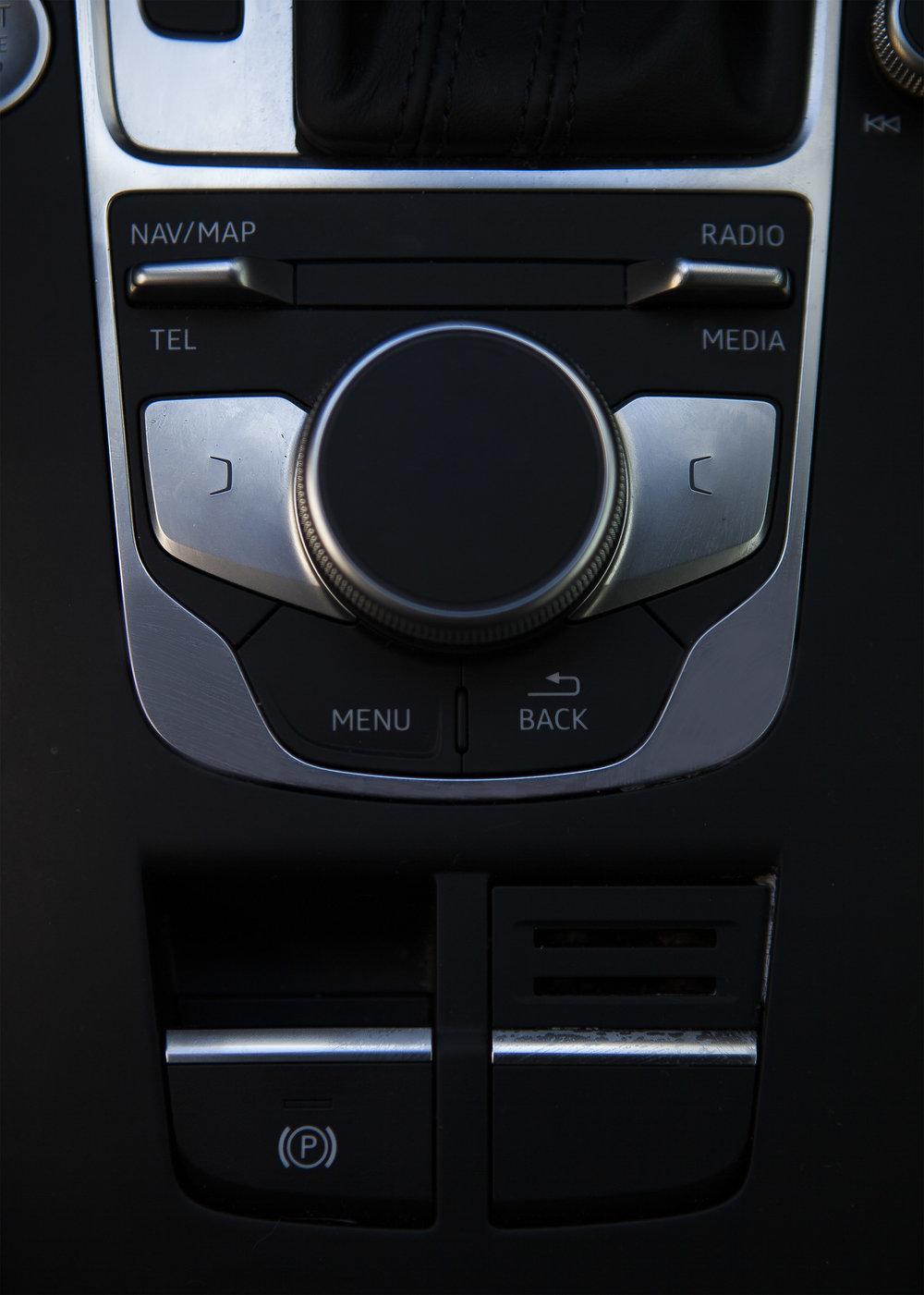 Audi console.jpg
