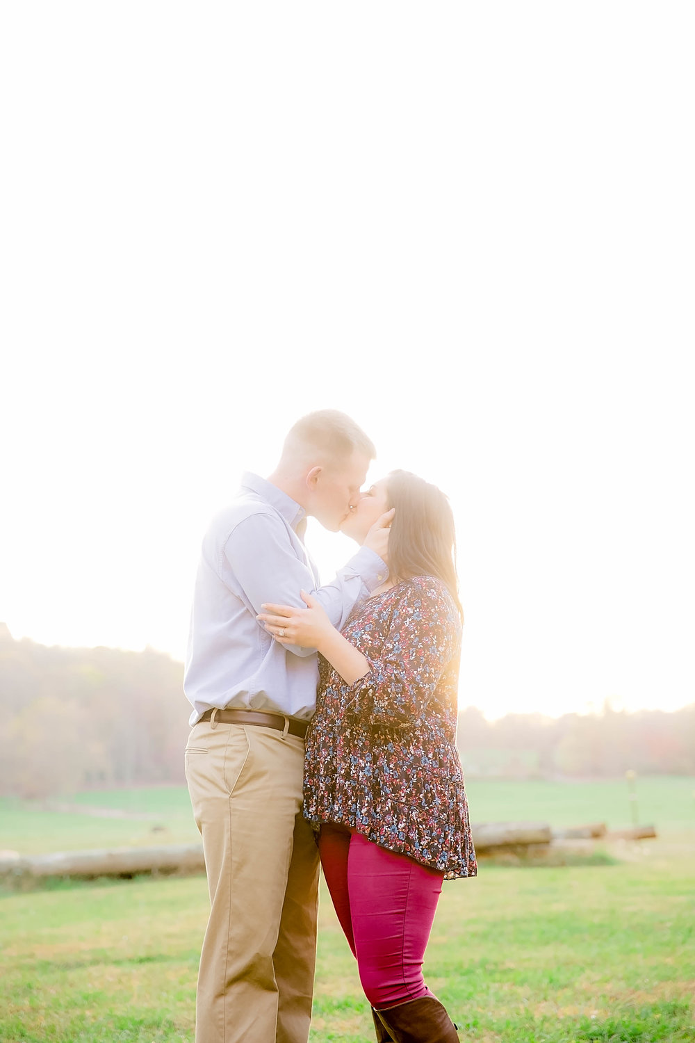 Doe River Gorge fall engagement session, East Tennessee engagement photography, Johnson City wedding photographer, East Tennessee bright and airy photography