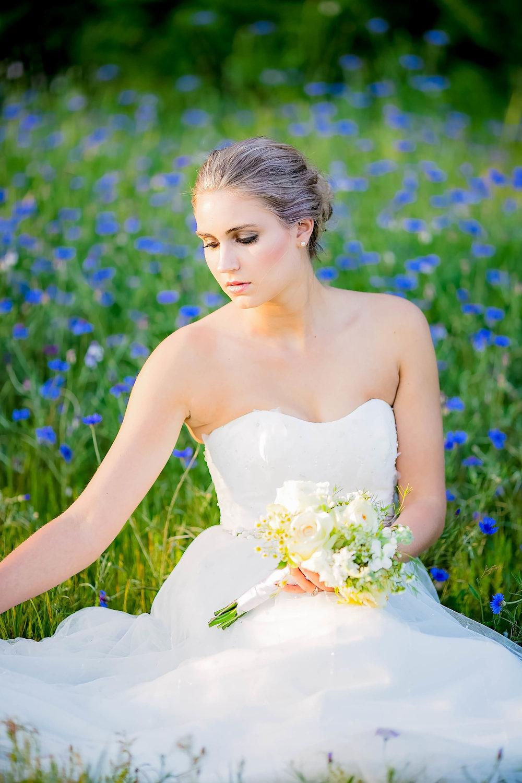 Colley Hill Farm, Dandridge TN wedding venue, East Tennessee wedding photography, styled wedding shoot, bridal portrait, East Tennessee wedding venue, farm wedding venue, cornflowers
