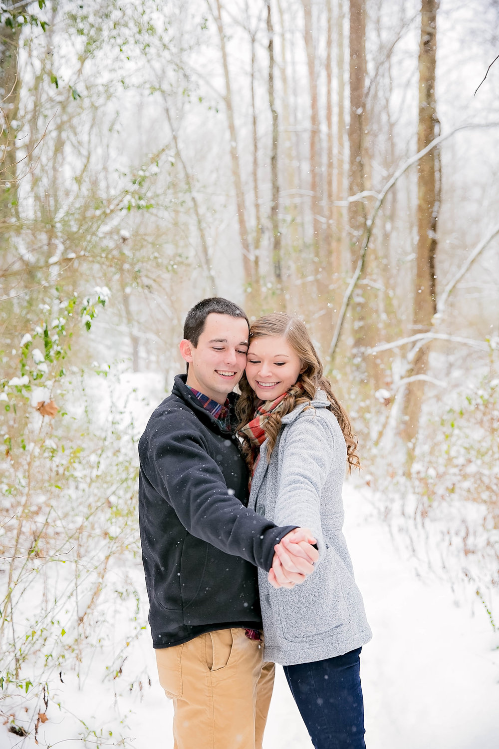 East Tennessee winter engagement photos