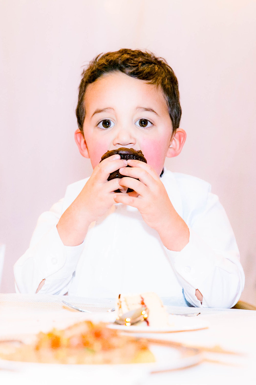 Ring bearer, wedding cake, cupcake