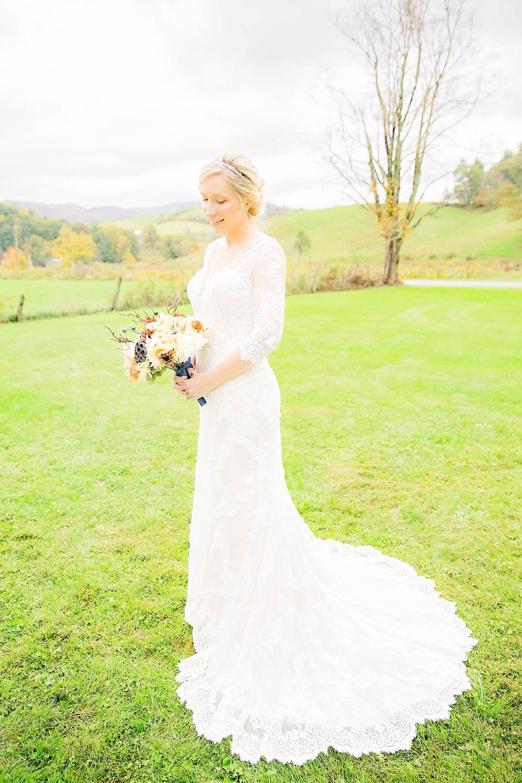 Mountain City, TN farm wedding, East Tennessee fall wedding, Tri Cities Wedding, bridal portrait