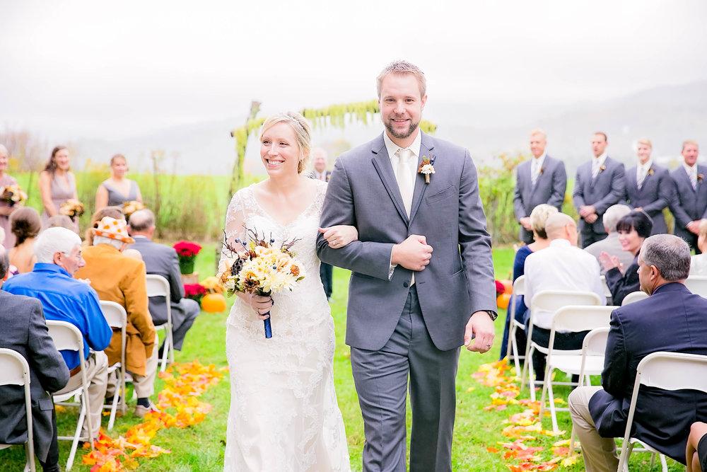 Mountain City, TN farm wedding, East Tennessee fall wedding, Tri Cities Wedding, wedding ceremony