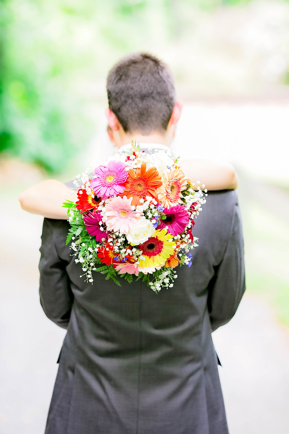 Hot Springs, NC wedding, East Tennessee Wedding photography, bride and groom, bridal bouquet