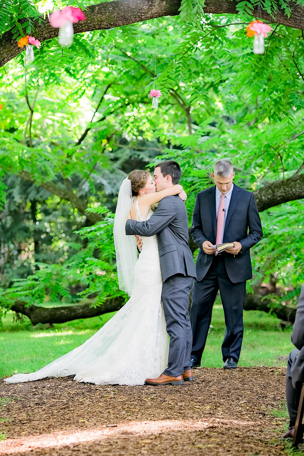 Hot Springs, NC wedding, East Tennessee Wedding photography, wedding ceremony, first kiss