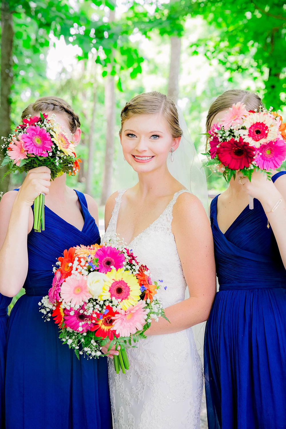 Hot Springs, NC wedding, East Tennessee Wedding photography, wedding party, bridesmaids, bridal party, bridal bouquet, wedding flowers
