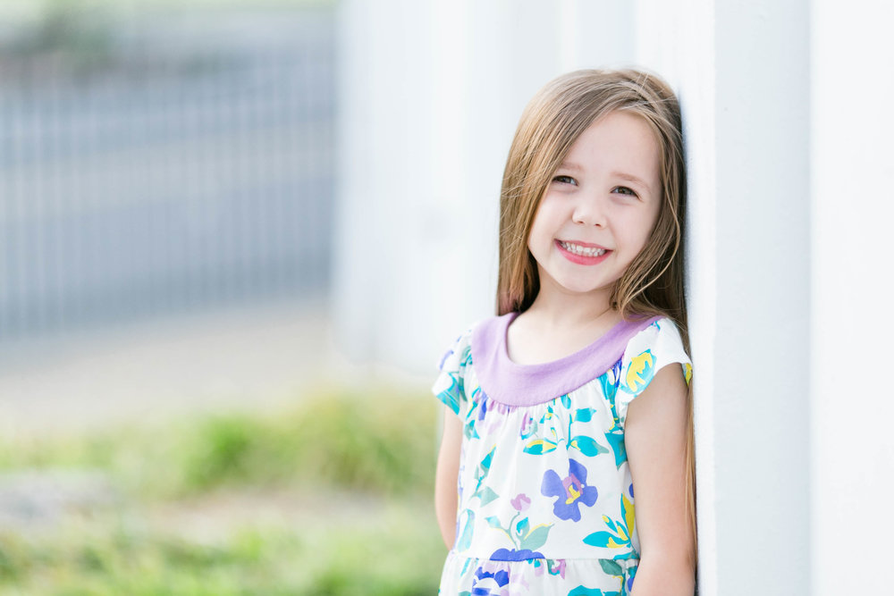 East Tennessee photography, Johnson City, Tri Cities, Jonesborough, family session, spring, child portrait, wedding photographer, anniversary photos, portraits, bright and airy photography