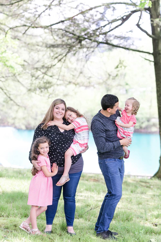 Griego Family 4-21-17_0175.jpg