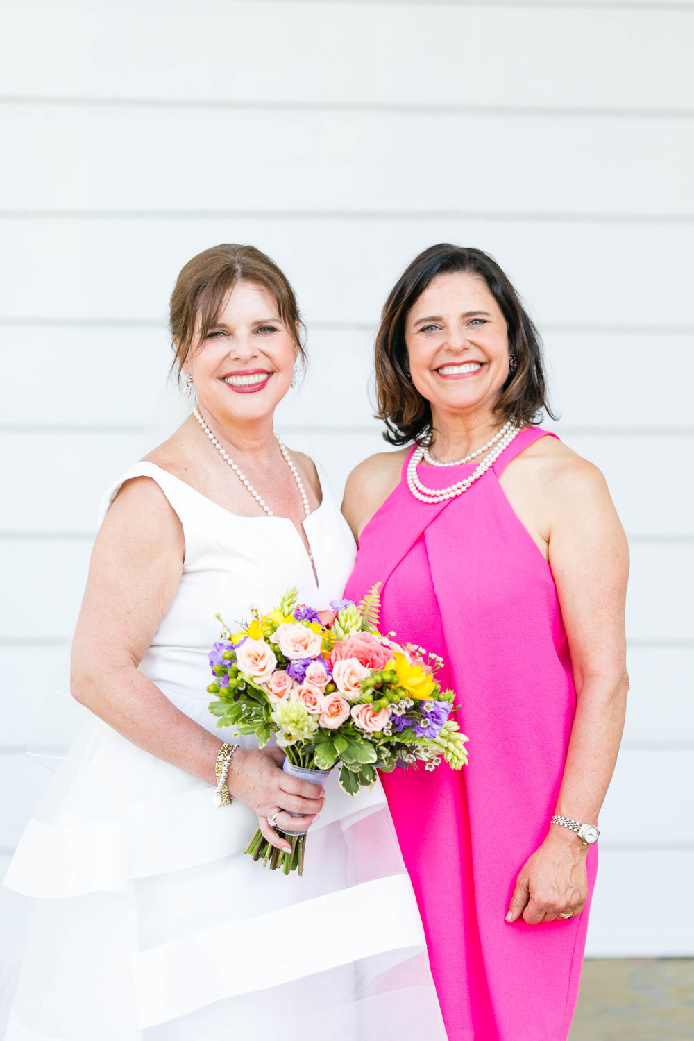 Johnson City Country Club wedding, East Tennessee wedding venue, Tri Cities TN wedding photographer, bridesmaids portraits