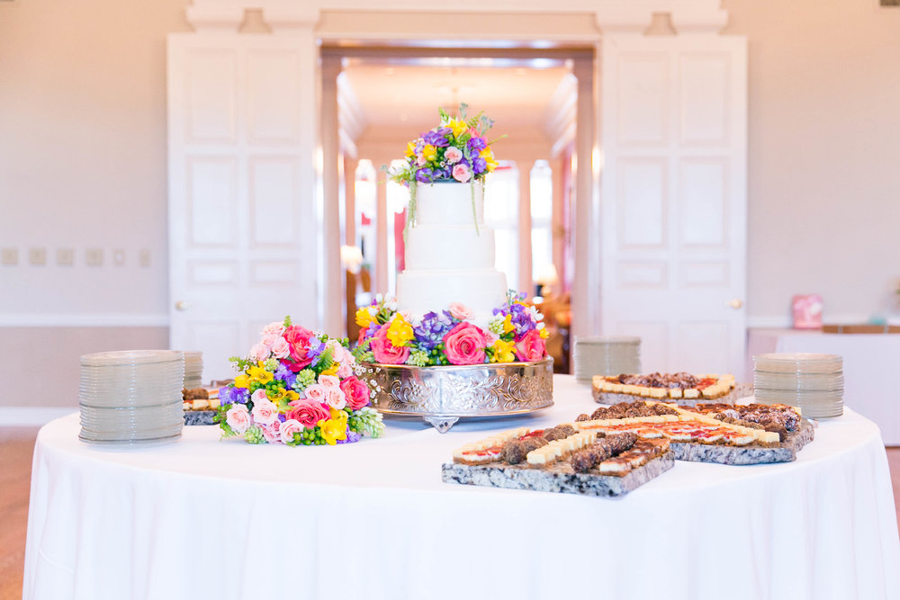 Johnson City Country Club wedding, East Tennessee wedding venue, Tri Cities TN wedding photographer, wedding reception, dessert table