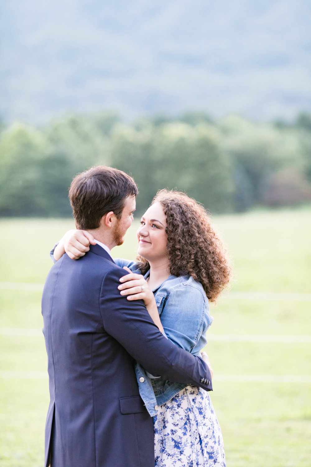 East Tennessee engagement session, wedding photographer, portrait photography, bride and groom, Doe River Gorge, wedding venue, Tri Cities wedding photographer, Johnson City photography