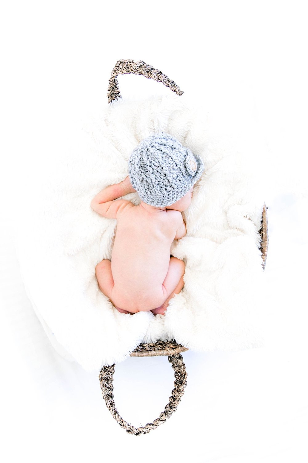 Newborn photography, Johnson City TN photographer, Tri Cities TN newborn photographer, family photography, cute baby boy, bright and airy newborn photos, sibling love, baby brother