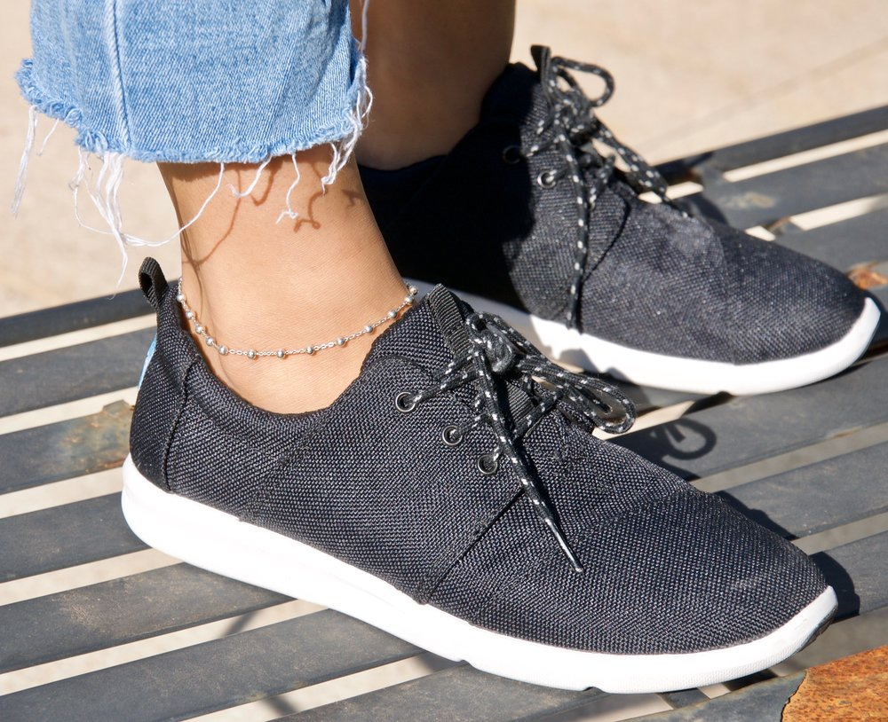 theeveproject_stylereview_tomsshoes4.jpg