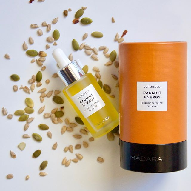 BEAUTY I We are diggin this lightweight, eco-certified, superseed facial oil by @madaracosmetics. Learn more about their brand and why we love this natural skin booster on our site now! • • • • • • #theeveproject #theoriginalwoman #community #news #woman #female #feminism #supportwomen #girlboss #blog #blogging #ethical #ethicalbrands #sustainable #sustainablebrands #reviews #collages #inspiration #advice #philanthropy #supportsmall #smallbusiness #beauty #makeup #skincare #naturalskincare #madara #faceoil