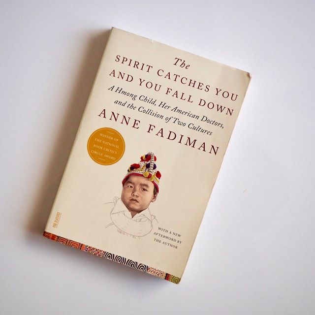 BOOK CLUB I May's Book of the Month is the incredible 'The Spirit Catches You and You Fall Down' by Anne Fadiman. A classic story that explores the history of Laos, the American healthcare system and the resettlement of refugees, all of which are still relevant today. Read our review up now! • • • • • #theeveproject #theoriginalwoman #community #news #woman #female #feminism #supportwomen #girlboss #blog #blogging #ethical #ethicalbrands #sustainable #sustainablebrands #reviews #collages #inspiration #advice #philanthropy #supportsmall #smallbusiness #thespiritcatchesyouandyoufalldown #bookclub #bookworm #booknerd #sociology