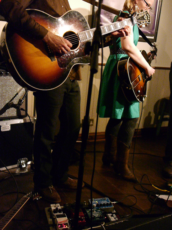 2013_03_31-Rebecca-and-Rich-TwickFolk-52.jpg