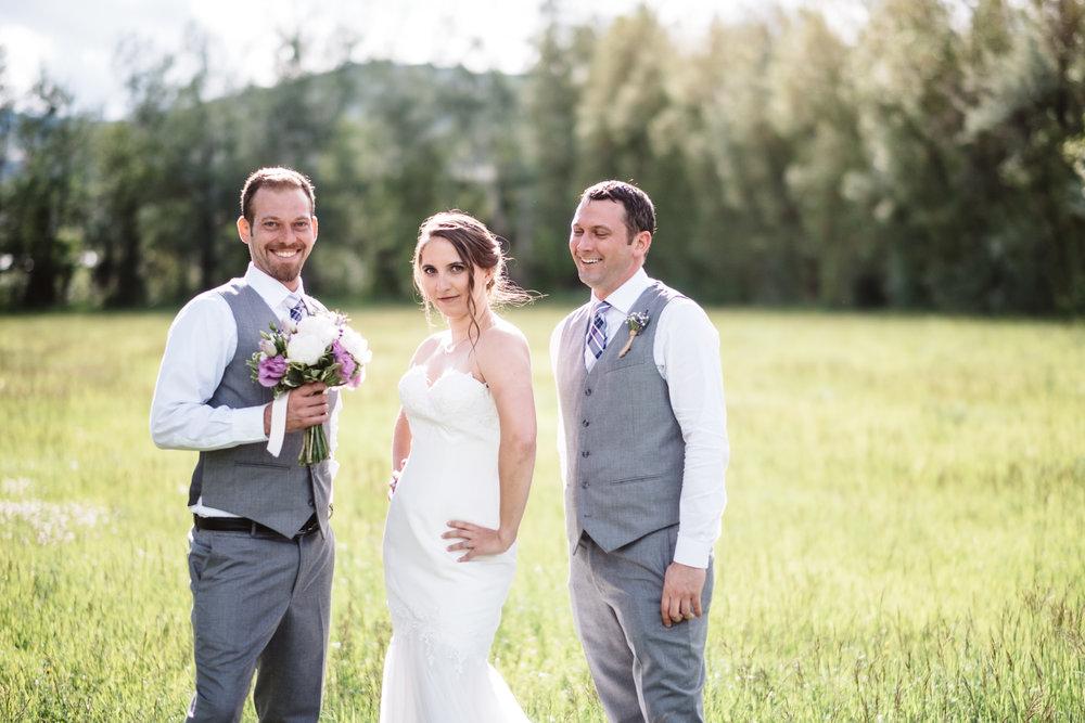 Chelsie+Mike-Lone-Hawk-Farm-Wedding-039.jpg