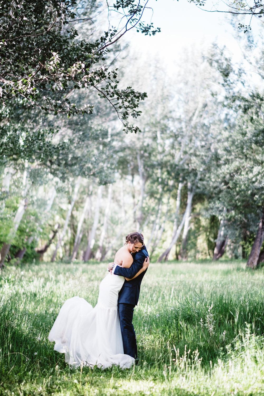 Chelsie+Mike-Lone-Hawk-Farm-Wedding-046.jpg