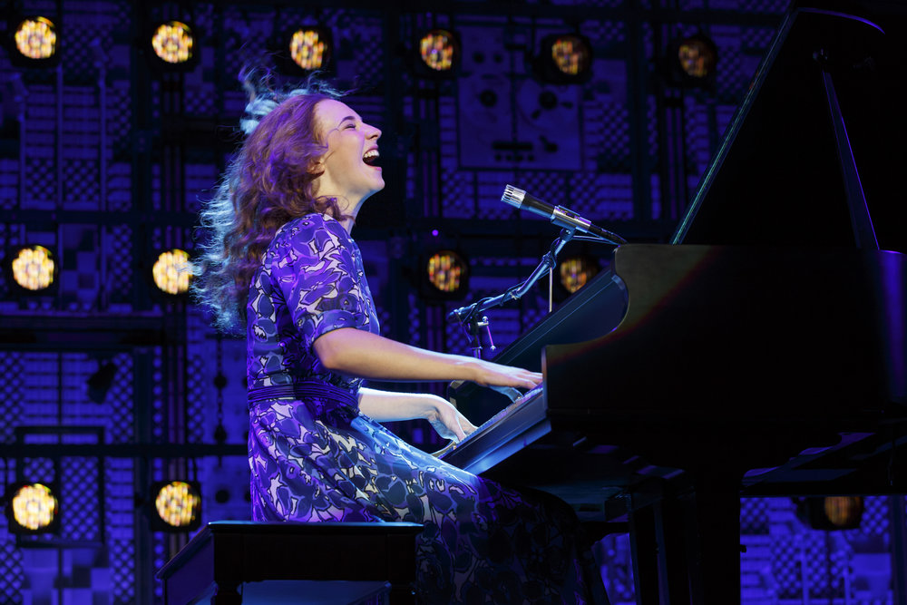 Julia Knitel as Carole King in Beautiful - The Carole King Musical.